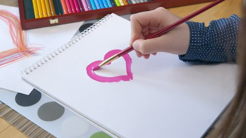Girl painting a heart - Valentine's Day - Mother's Day - Father's Day - Birthday