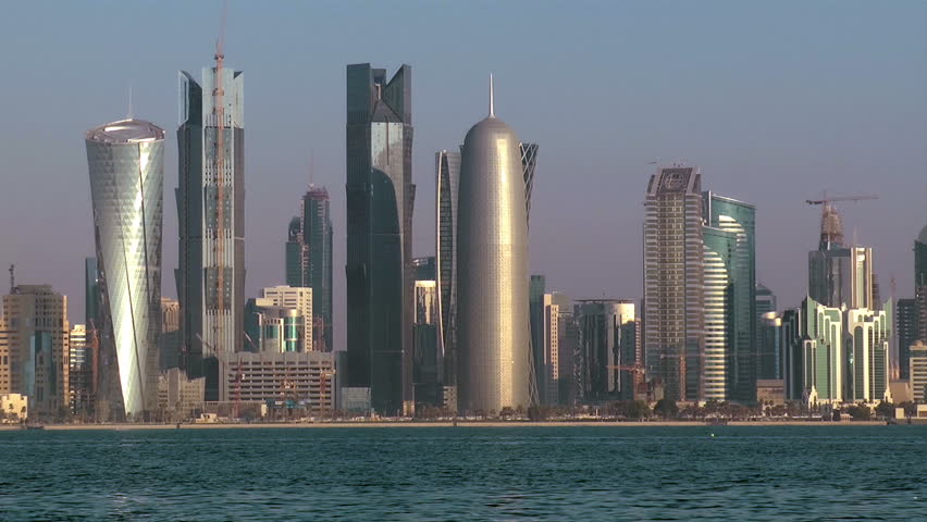 A zoom-out of the Doha corniche in the early morning.